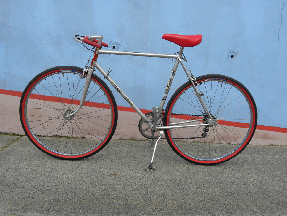 Motobecane Herrenrad Silber Rot Cityflitzer