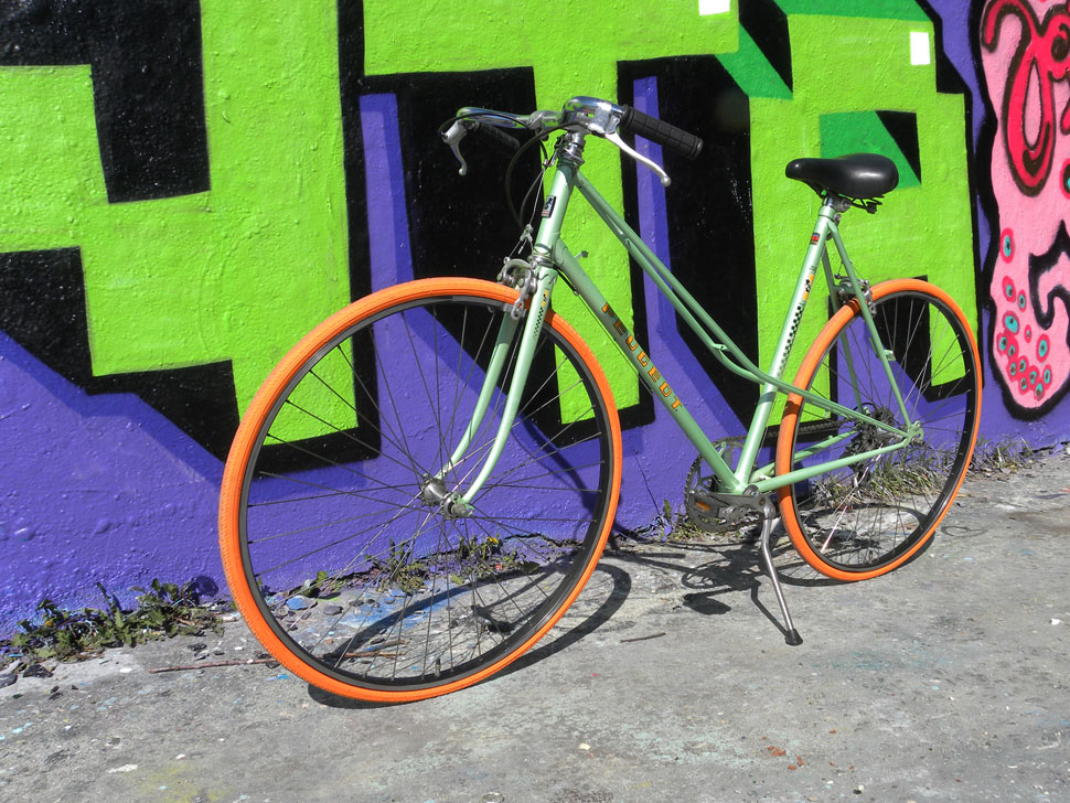 BildQuer_Peugeot_mint_orange_3